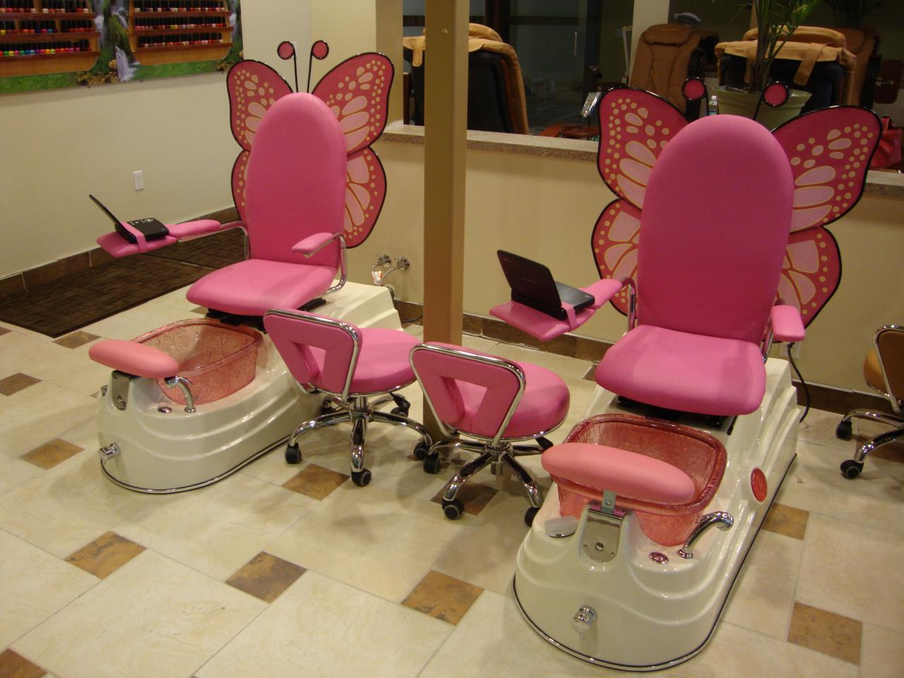 Nail Salon Chair Viewing Gallery